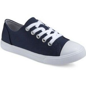 Size 5 Cat & Jack Navy Brielle Sneakers